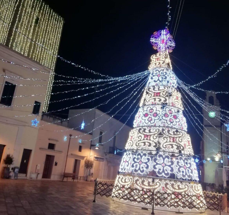 """Addobbi natalizi a Leverano e Veglie: """"Segni di speranza"""""""