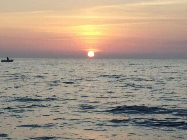 La barca e il tramonto