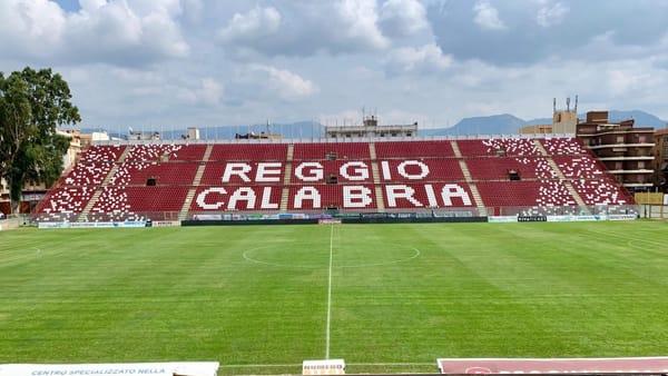 Il Lecce supera la Reggina con un gol di Stepinski. Gabriel para rigore a Menez