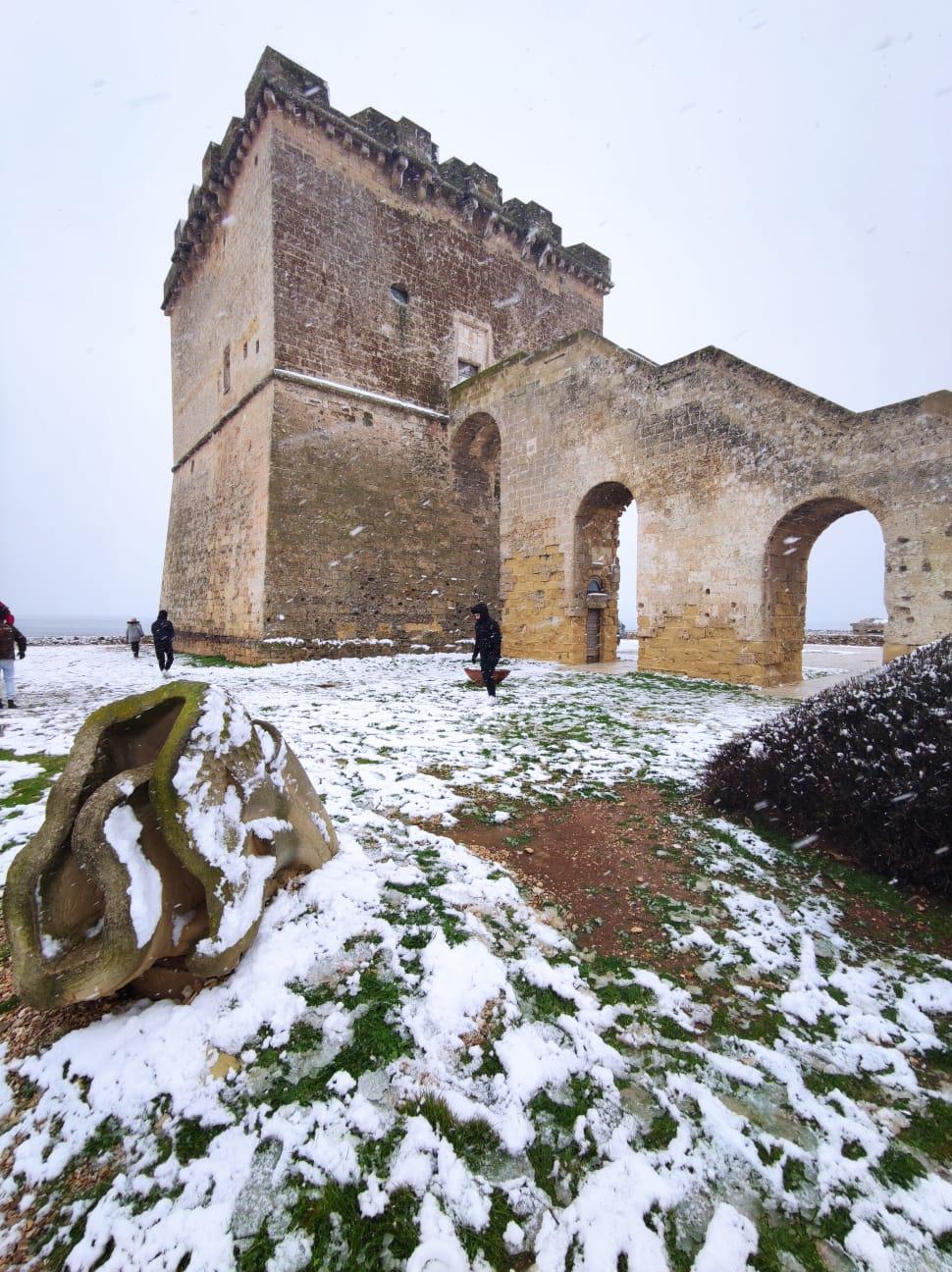 [video] – Aria gelida dai Balcani, la neve imbianca Porto Cesareo