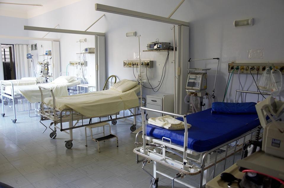 All'Oncologico dodici pazienti covid-positivi, trasferimento al Dea. Sospetto di variante inglese