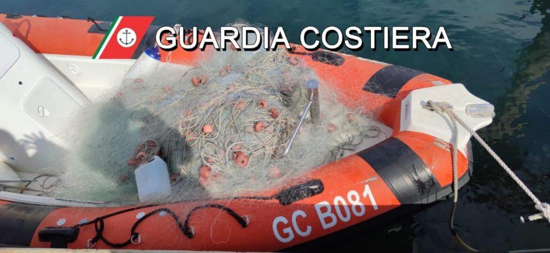 Sequestrata rete da posta. E pescatori da frodo in fuga abbandonano 300 ricci