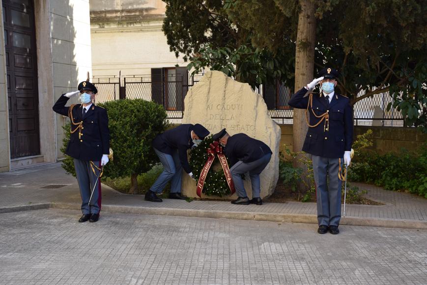 """""""Rigore e umanità"""", la linea della Polizia di Stato. Che celebra con sobrietà il 169esimo anniversario della fondazione"""
