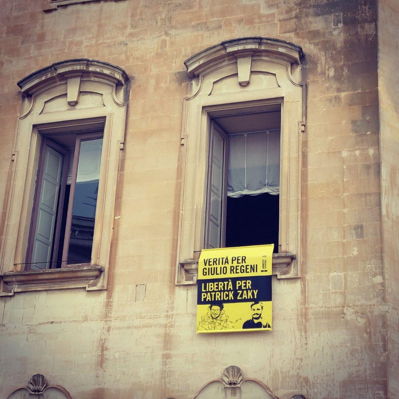 La città di Lecce riconosce la cittadinanza onoraria a Patrick Zaki, il giovane attivista detenuto al Cairo