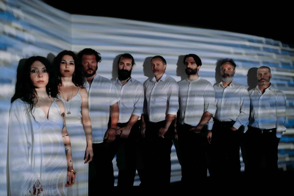 """Il tempo e il dialogo tra generazioni in """"Balla Nina"""", inno alla vita del Canzoniere Grecanico Salentino"""
