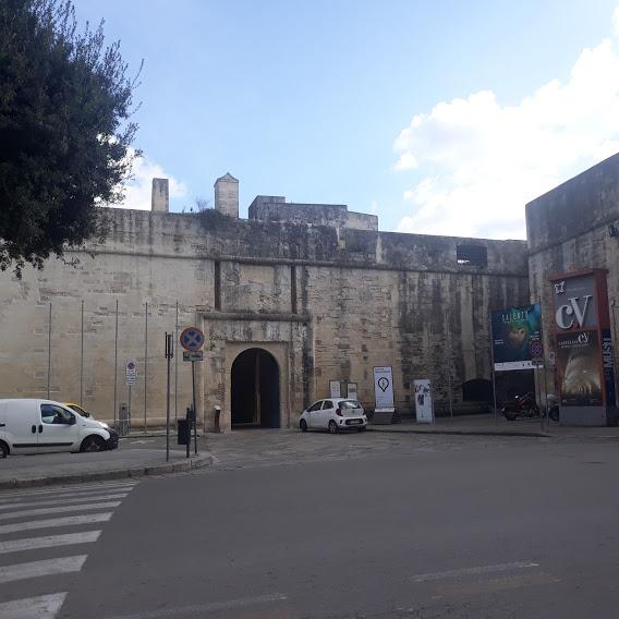 Viabilità, rivoluzione in vista a Lecce. Pedonalizzazione e basolato in via XXV Luglio, centralità del Castello Carlo V
