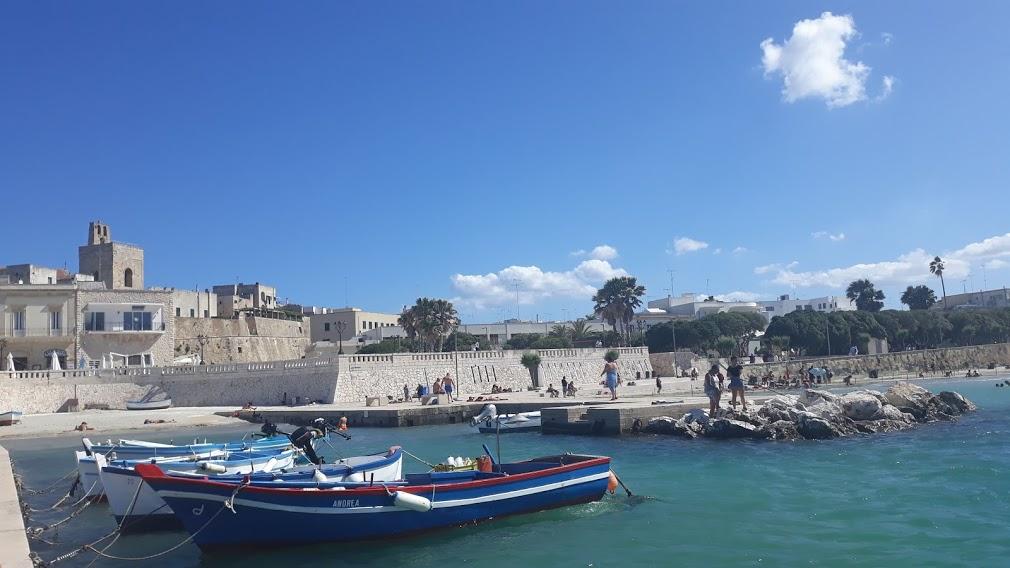 La mostra su Bansky, Battiti live, Giornalisti del Mediterraneo: l'estate di Otranto è ricca di emozioni