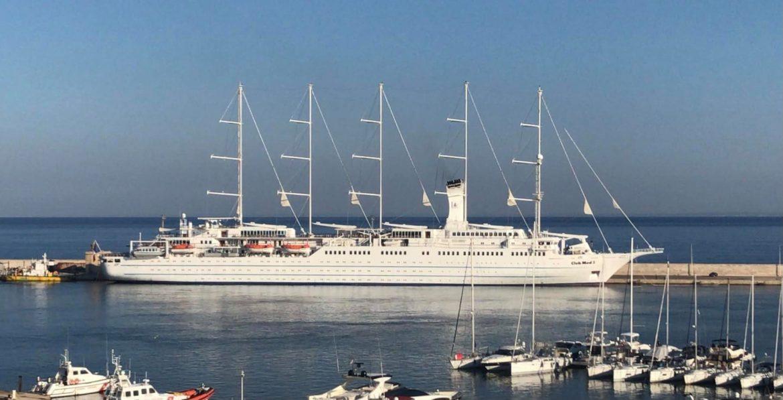 """Il Club Med 2 nel porto di Gallipoli: Minerva: """"Per il 2022 previste otto navi da crociera"""""""