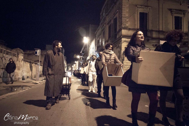 Murales, teatro e strumenti: prosegue a Lecce il progetto Storie cucite a mano